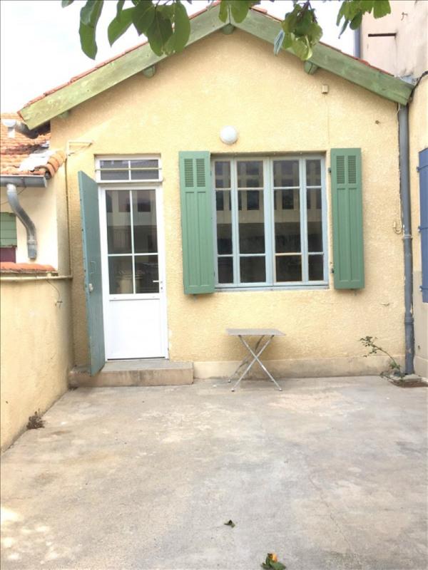 Location maison / villa Salon de provence 580€ CC - Photo 1
