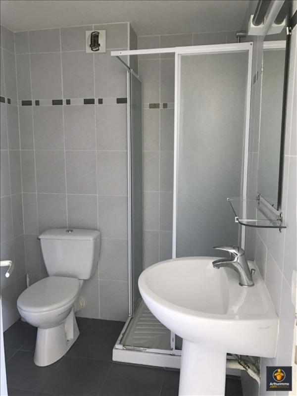 Sale apartment Vannes 95000€ - Picture 2