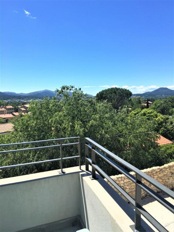 Location appartement Gemenos 975€ CC - Photo 3