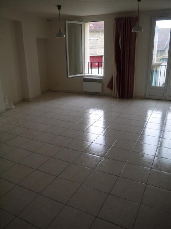 Locação apartamento Chanteloup les vignes 720€ CC - Fotografia 1