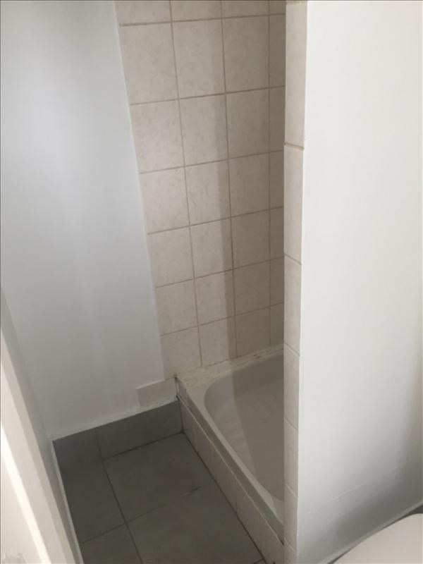 Location appartement Vendome 250€ CC - Photo 4