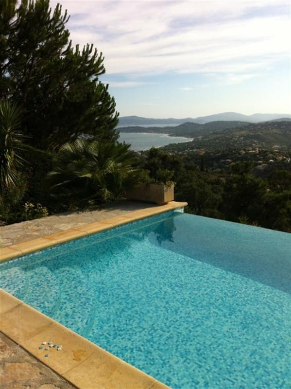 Vacation rental house / villa Les issambres 2 660€ - Picture 2