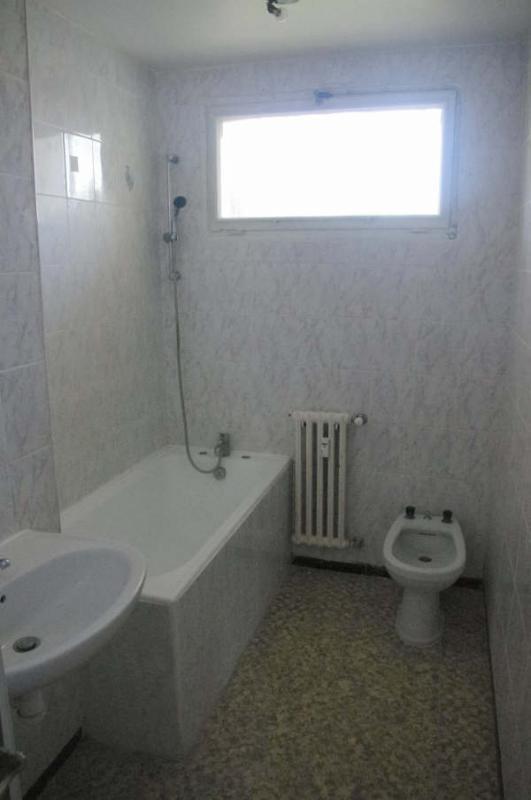 Verkoop  appartement Avignon 93000€ - Foto 9