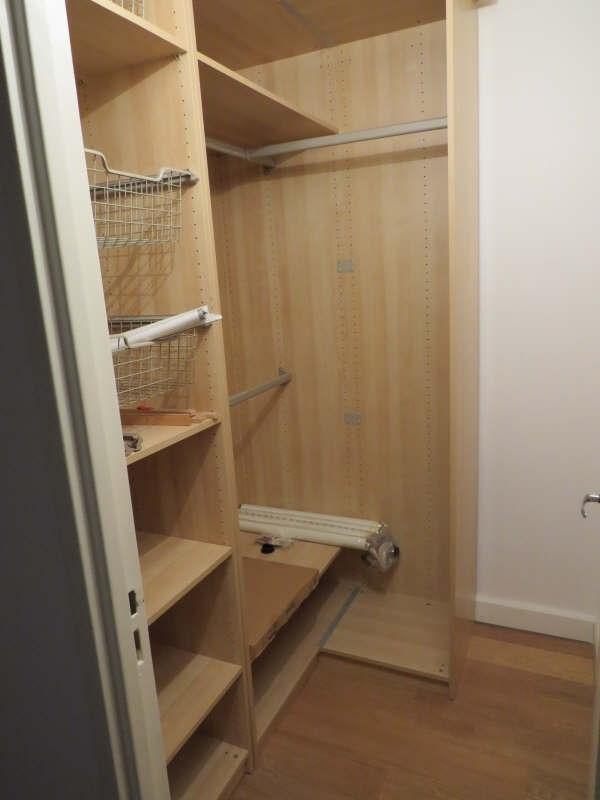 Rental apartment Le mesnil le roi 1290€cc - Picture 7