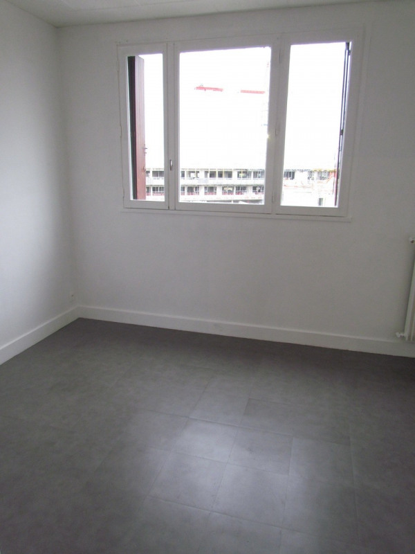 Location appartement Champigny sur marne 899€ CC - Photo 3