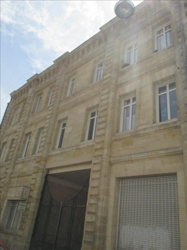 Location appartement Bordeaux 1074€ CC - Photo 1