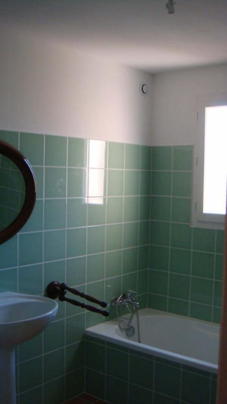 Location maison / villa Toulon 1170€ CC - Photo 2