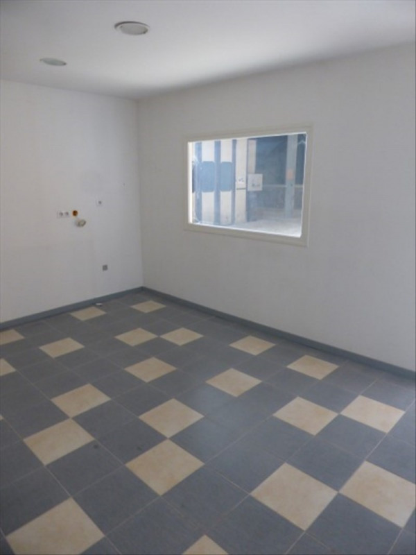 Location local commercial Auxerre 5 000€ HT/HC - Photo 9