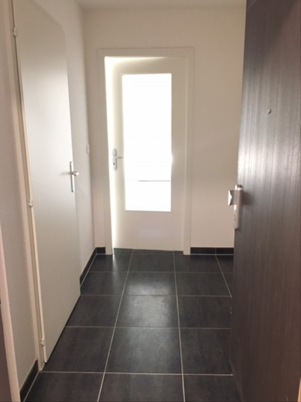 Rental apartment Mittelhausbergen 416€ CC - Picture 4