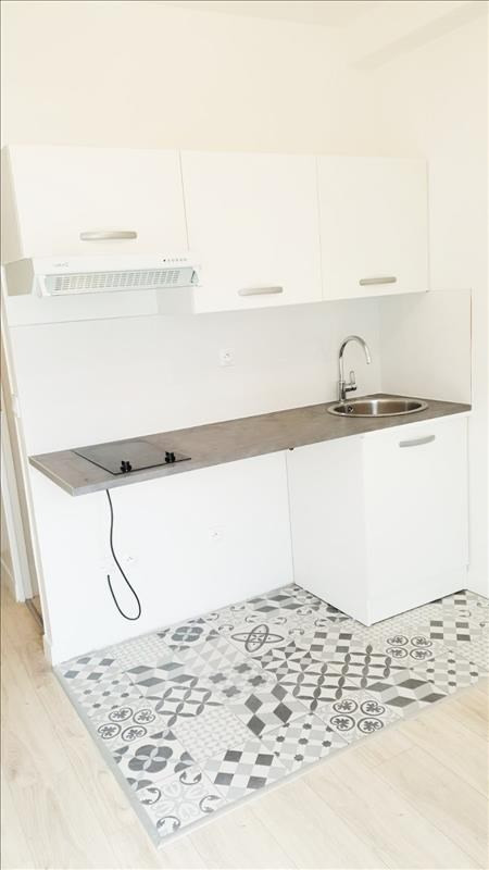 Rental apartment Pantin 530€ CC - Picture 2