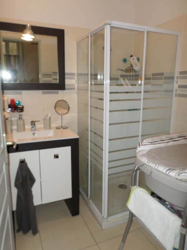 Location appartement Salon de provence 629€ CC - Photo 7
