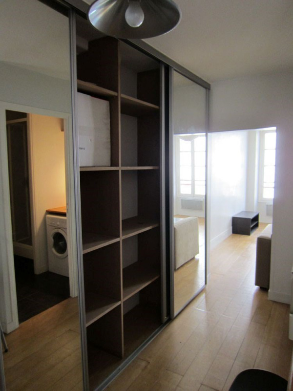 Location appartement Paris 6ème 950€ CC - Photo 8