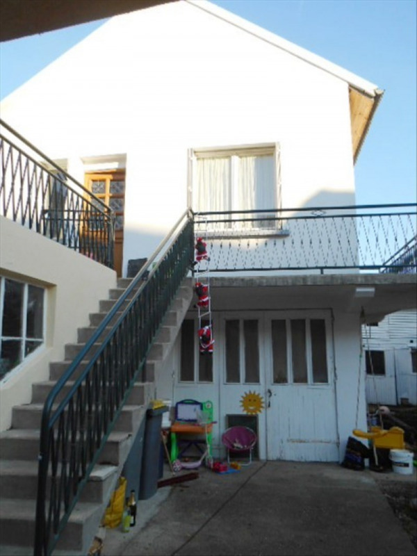 Sale house / villa Charly 129 000€ - Picture 1