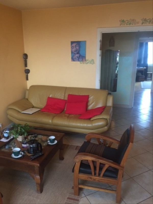 Life annuity apartment St denis 222000€ - Picture 2