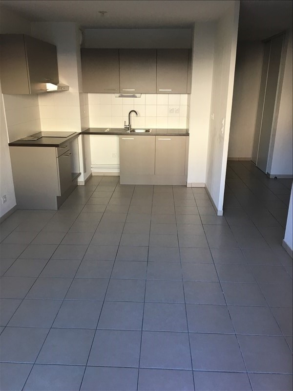 Location appartement Nimes 557€ CC - Photo 2