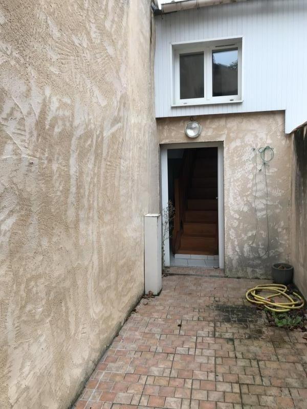 Sale house / villa Montrevault 80000€ - Picture 4