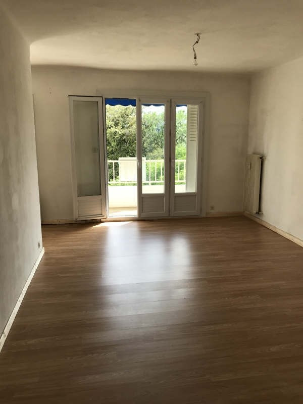 Sale apartment Toulon 146500€ - Picture 2