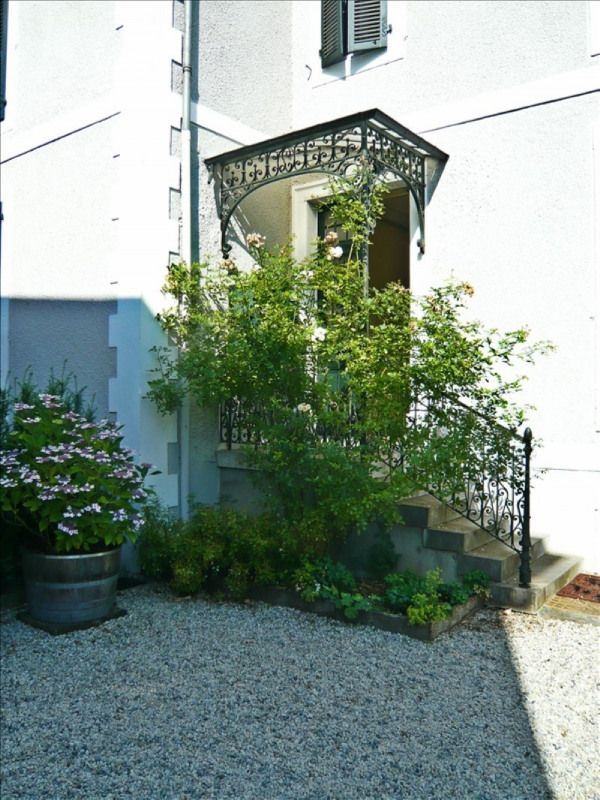 Location appartement Gelos 337€ CC - Photo 1