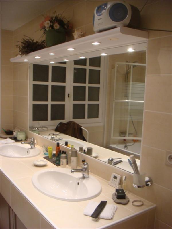 Sale house / villa St romain la motte 329000€ - Picture 8