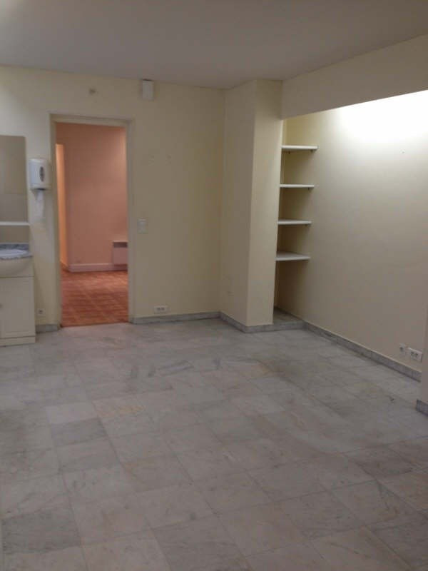Location local commercial Marly le roi 875€ +CH/ HT - Photo 4