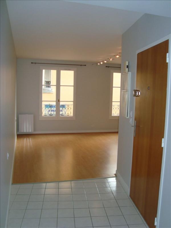 Location appartement Louveciennes 750€ CC - Photo 1
