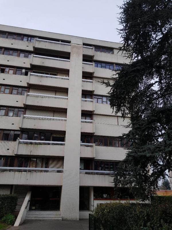 Sale apartment Villejuif 218000€ - Picture 2