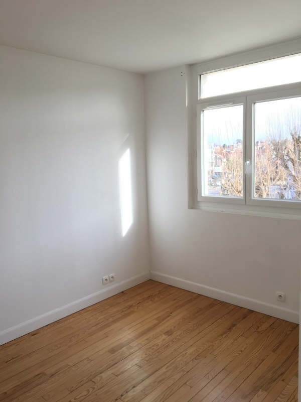 Location appartement Le chesnay 950€ CC - Photo 3