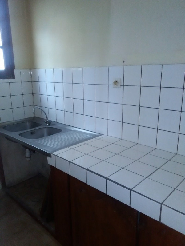Investment property building Pointe a pitre 145000€ - Picture 7
