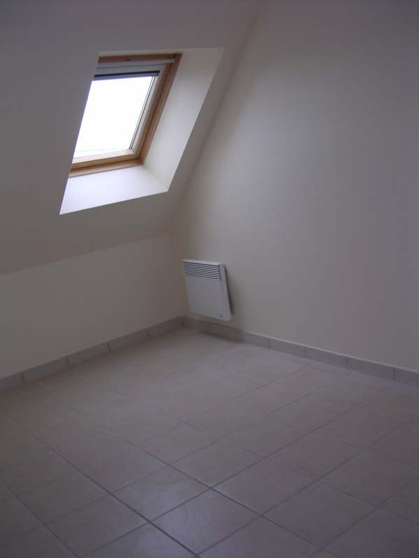Rental apartment Courgis 530€ +CH - Picture 4