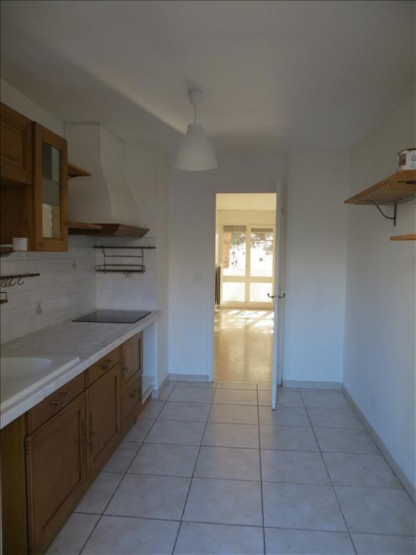 Rental apartment Aix en provence 980€ CC - Picture 3