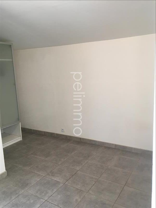 Rental apartment Eyguieres 551€ CC - Picture 4