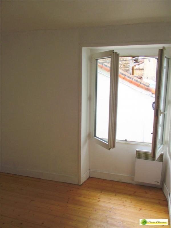 Location appartement Ruffec 310€ CC - Photo 3