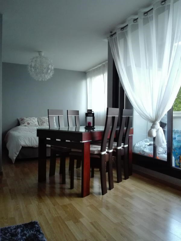 Sale apartment Poissy 231500€ - Picture 2