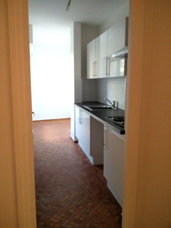 Rental apartment Lyon 3ème 1260€ CC - Picture 3