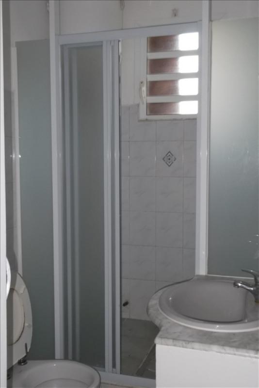 Rental apartment Lamentin 800€ CC - Picture 4