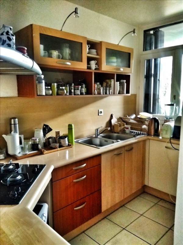 Sale apartment Annecy 252 000€ - Picture 2