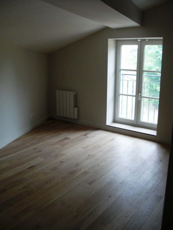 Location maison / villa St cyr au mont d or 1 260€ CC - Photo 2