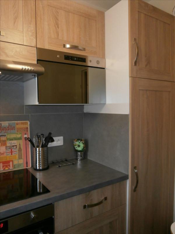 Location appartement Fontainebleau 890€ CC - Photo 12