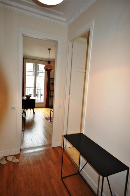 Rental apartment Paris 8ème 2 450€ CC - Picture 8