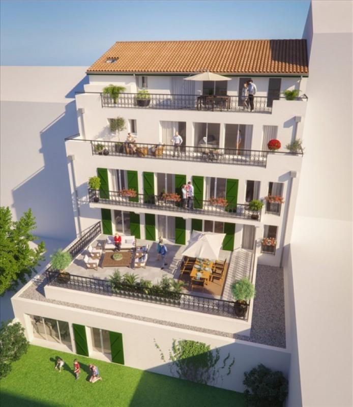Deluxe sale apartment St jean de luz 790000€ - Picture 2