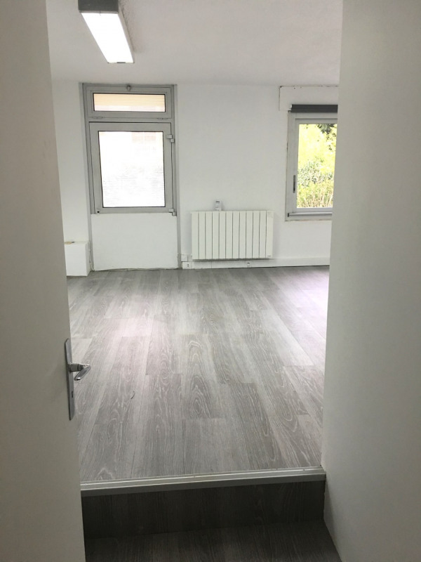 Rental office Rosny-sous-bois 650€ CC - Picture 3