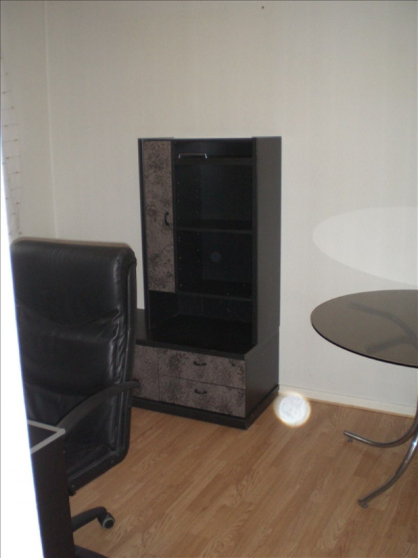 Rental apartment Ornex 1270€ CC - Picture 6
