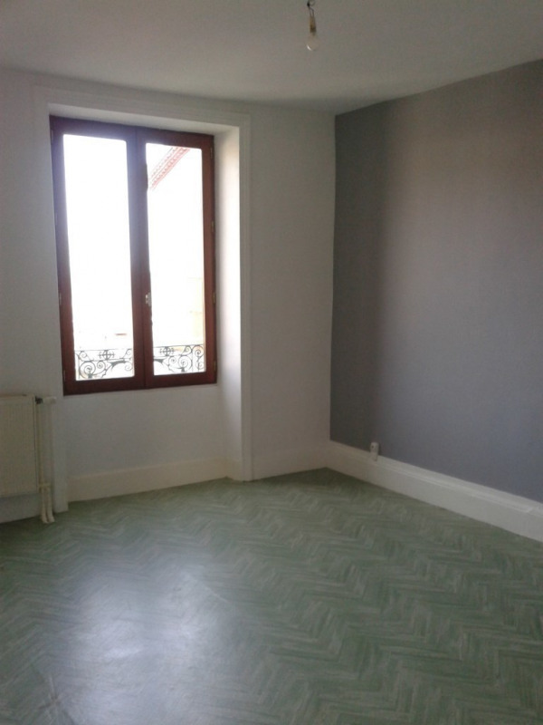 Location maison / villa Pélussin 720€ CC - Photo 6