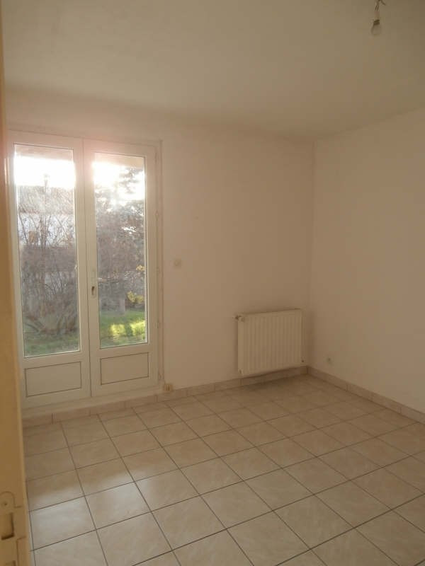 Rental house / villa Pierrevert 1 250€ CC - Picture 4