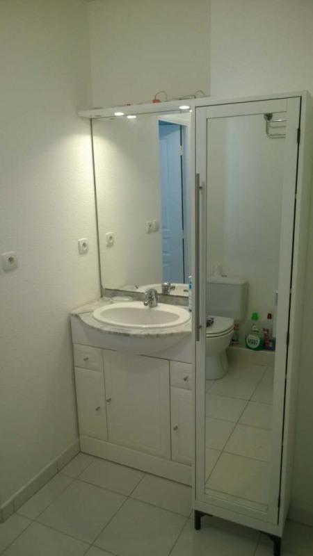 Sale apartment Le luc 112000€ - Picture 5