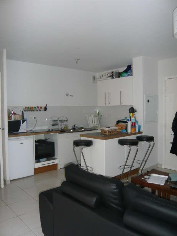 Rental apartment Aix en provence 829€ CC - Picture 3