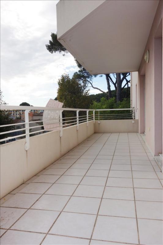 Locação apartamento Toulon 865€ CC - Fotografia 2