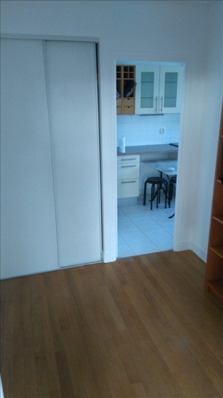 Location appartement Le chesnay 870€ CC - Photo 6