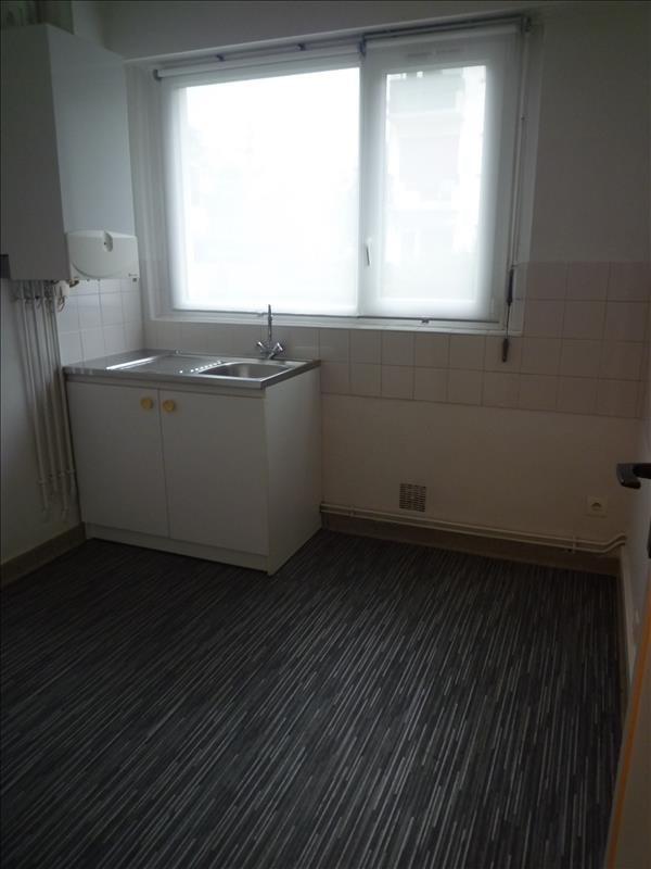 Rental apartment Le raincy 620€ CC - Picture 3