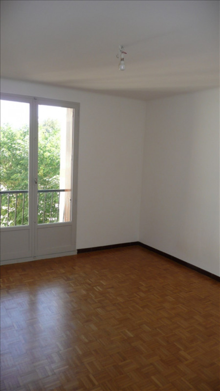 Rental apartment Aix en provence 1 200€ CC - Picture 5